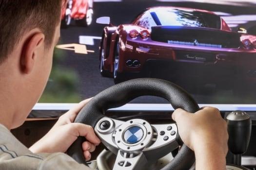 управление компьютерным рулем
