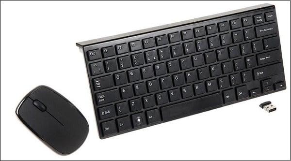 Беспроводная мышь, клавиатура, и донгл