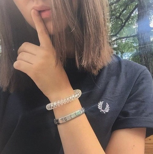 русая девушка аватар