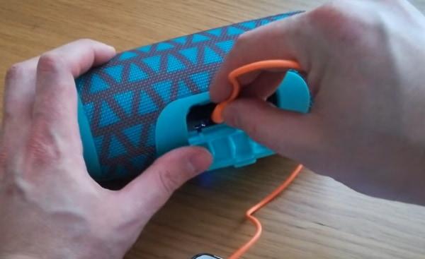 Подключение по кабелю с mini-jack