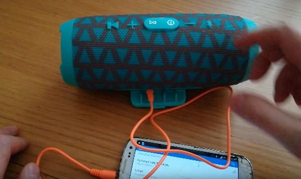 Подключение зарядного кабеля
