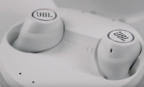 Достаньте наушники JBL