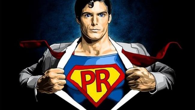 Пиарщик в костюме Супермена