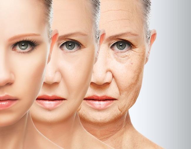 Три женщины разных возрастов