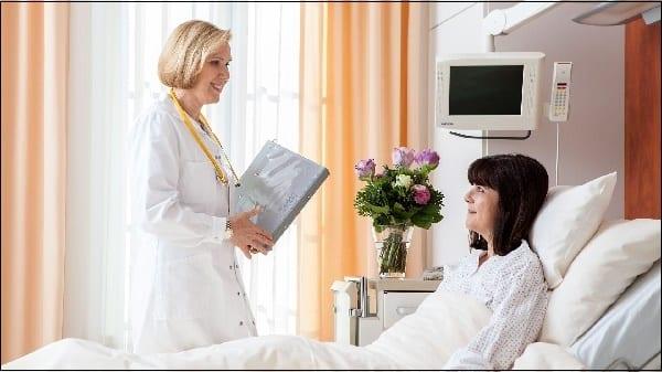 Фото врач и пациент