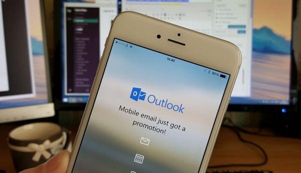 Используем Outlook для переноса телефонных номеров