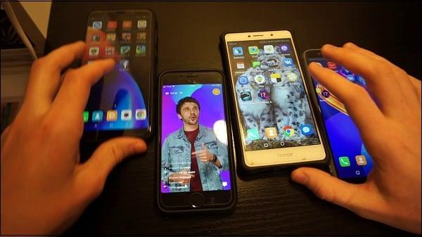 Играйте в игру сразу с нескольких смартфонов